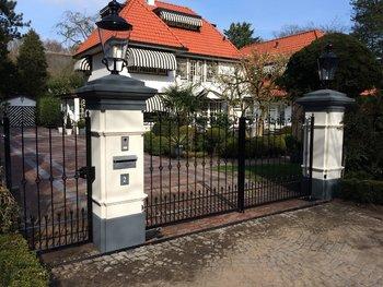 Prefab-poort geplaatst in Wassenaar