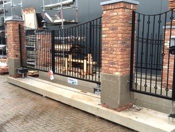 Prefab-poort geleverd in Barendrecht