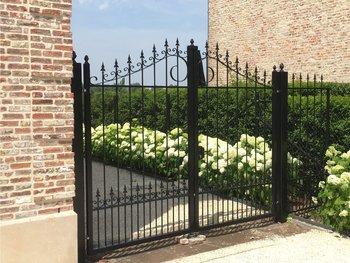 Prefab poort geplaatst in België