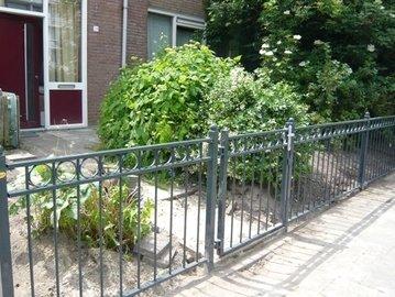 Hekwerk Iris geplaatst in Dordrecht
