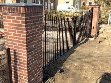 Prefab-poort geplaatst in Nieuwe-Tonge