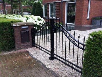 Poort Dahlia geplaatst in Dordrecht