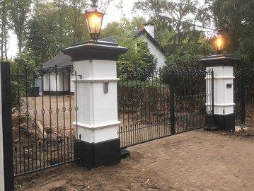 Prefab poort geplaatst in Hierden