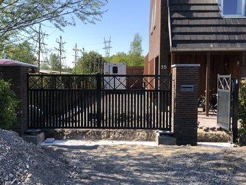 2 x Prefab-poort geplaatst in Barendrecht