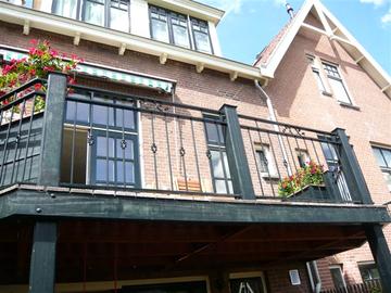 Balkonhekwerk Narcis in Ouderkerk a/d Amstel