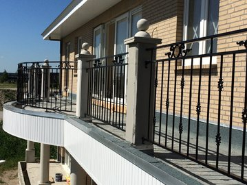Balkon hekwerk Narcis Almere